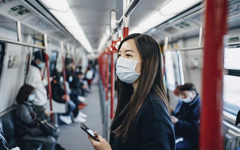 Maske İnsanları Virüsten Korur Mu?