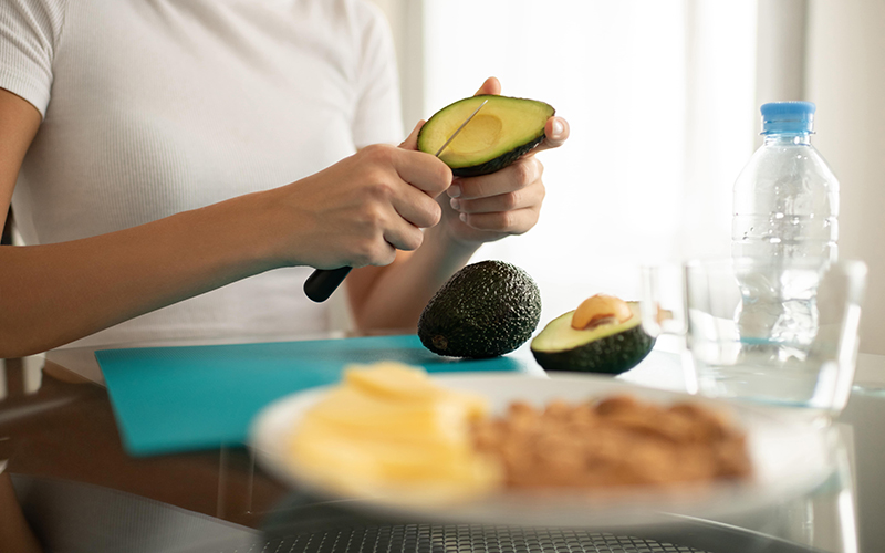 Artık Meyve ve Sebze Kabukları Nasıl Kullanılır? - Avokadonun Nemlendirici Gücü