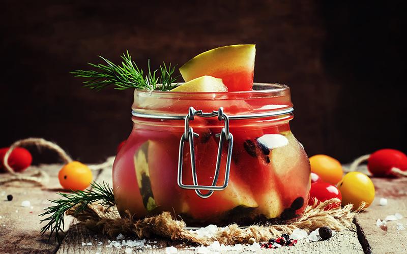 Artık Meyve ve Sebze Kabukları Nasıl Kullanılır? - Karpuz Kabuğu Turşusu