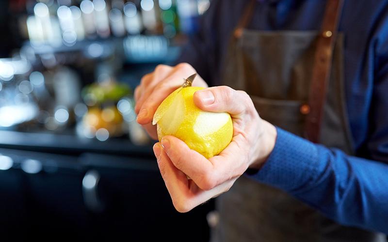 Artık Meyve ve Sebze Kabukları Nasıl Kullanılır? - Limon Kabuklarından Baharat Yapımı