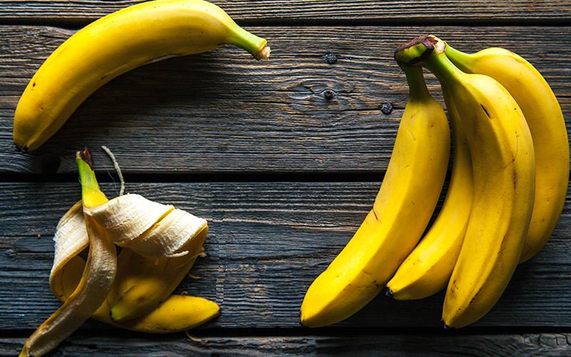 Artık Meyve ve Sebze Kabukları Nasıl Kullanılır? - Muz Kabuğundan Cilt Bakım Ürünü