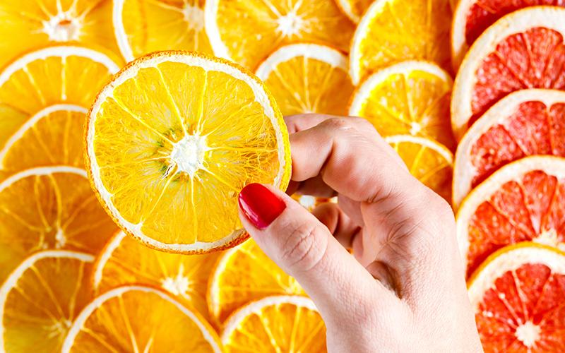 Artık Meyve ve Sebze Kabukları Nasıl Kullanılır? - Portakal ve Greyfurttan Cilt Toniği