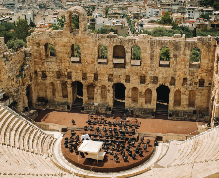 Antik Yunan Tiyatrosuyla Geçmişe Yolculuk